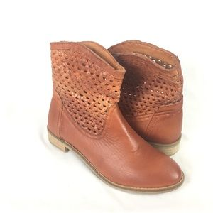 Seychelles Shoes - Seychelles | weekender ankle boot woven camel 6.5